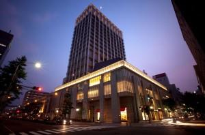 神戸  10/22-23    女性のみの贅沢ヨガリトリート (1泊2日)